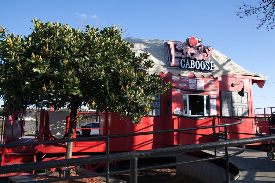 RESTAURANT - FROSTY CABOOSE