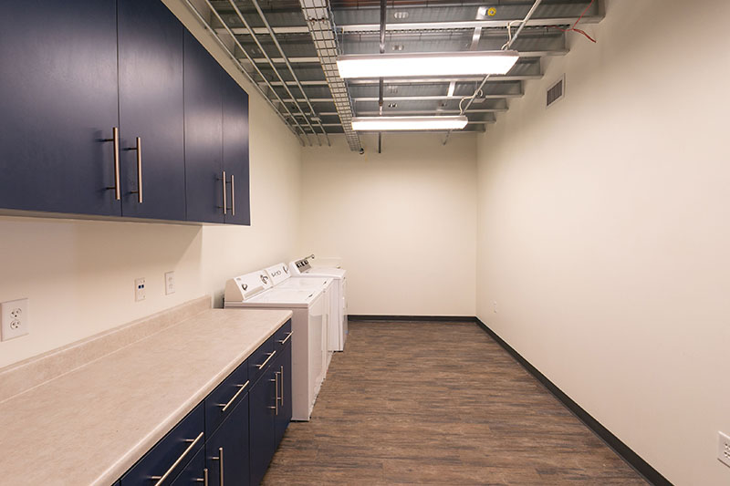 Suite 3 laundry room